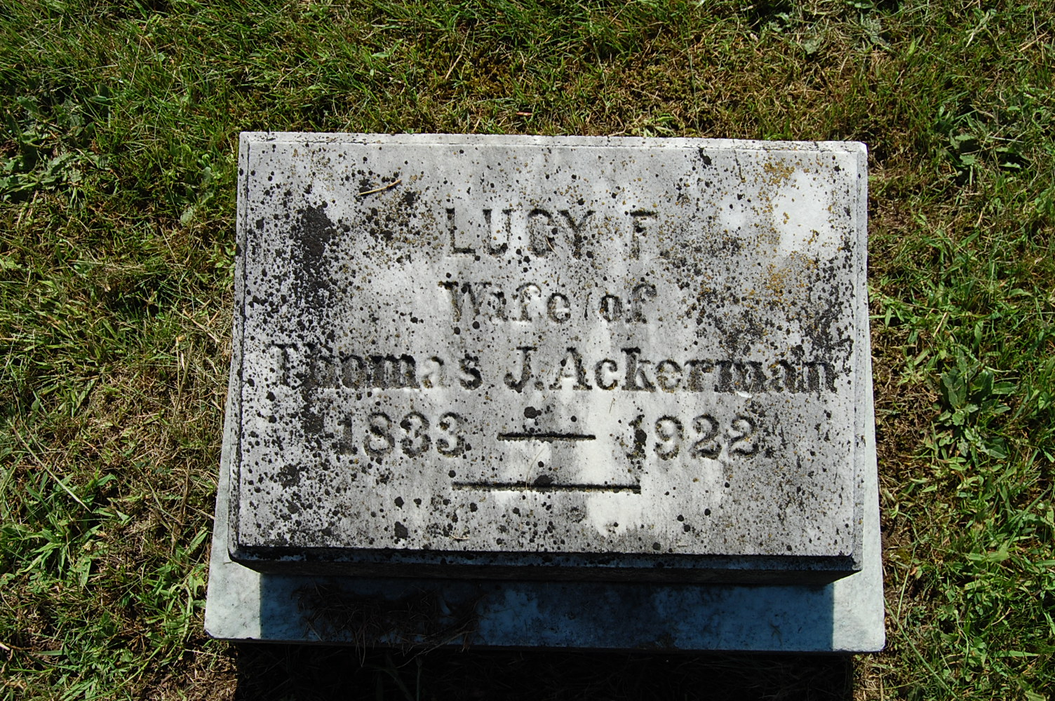 Interred Image: 18_SecA_103_6_AckermanLucyF.JPG